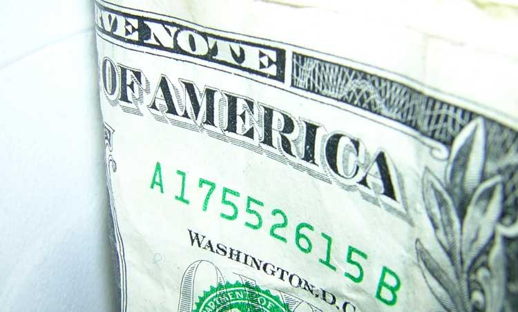 f8fc3d2f5cd0 Dlaczego dolar już wkrótce może podrożeć do 4 zł